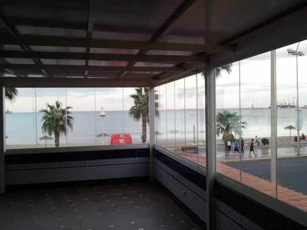 Cortinas de cristal sin perfiles en Cáceres