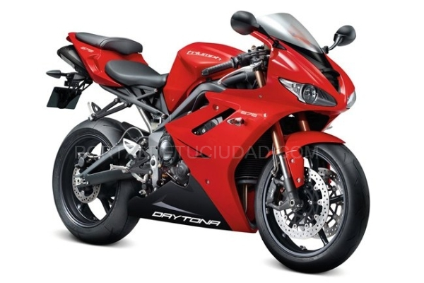 Destacado DAYTONA 675 2012