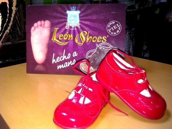 zapato clasico inglés rojo