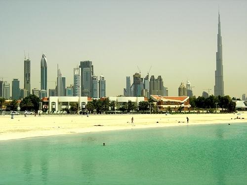 Dubai y Bali 9 Días
