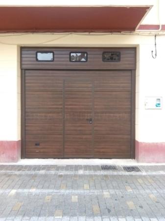 Puertas seccionales en Palencia