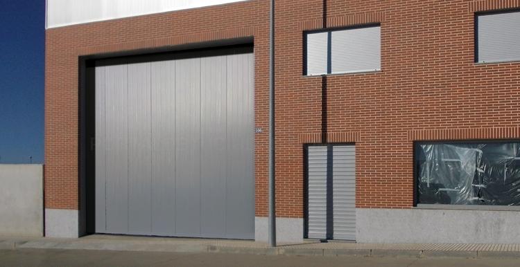 Puertas automáticas de garaje basculantes