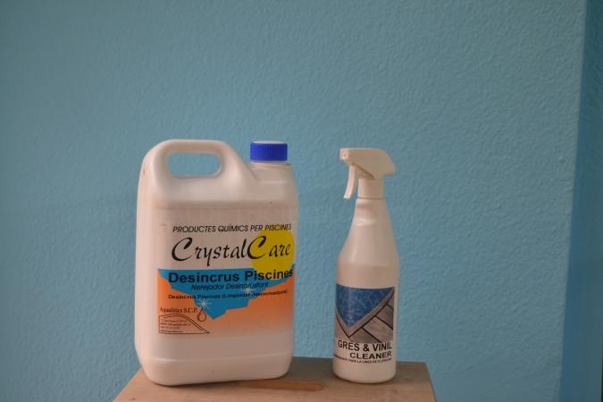 Oferta Productos para desinfectar y limpiar piscina