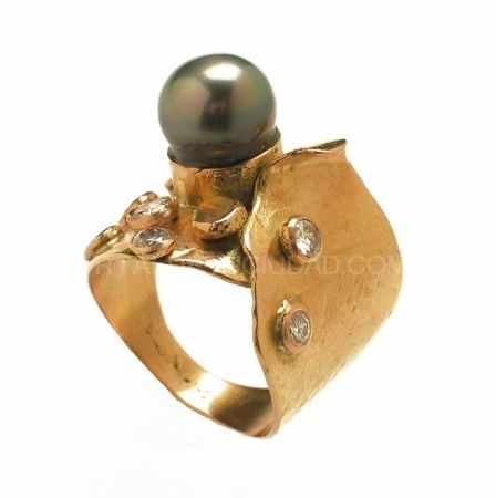 Anillo perla tahití y brillantes