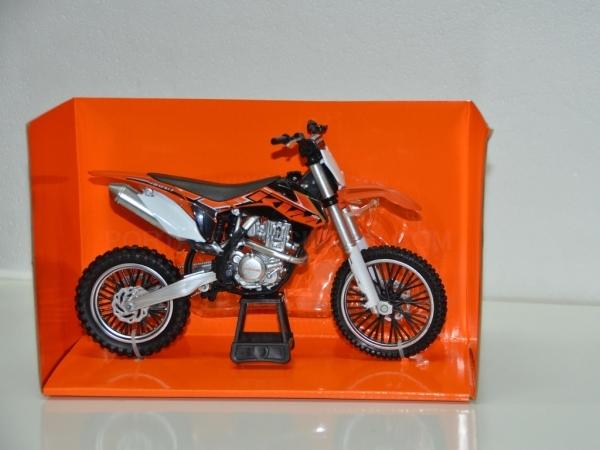Moto KTM 450 SX-F de colección