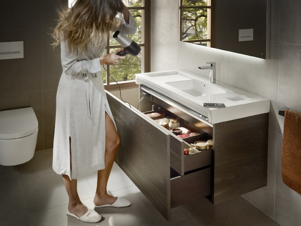 Oferta Stratum - Mueble de baño Roca c/ Bluetooth
