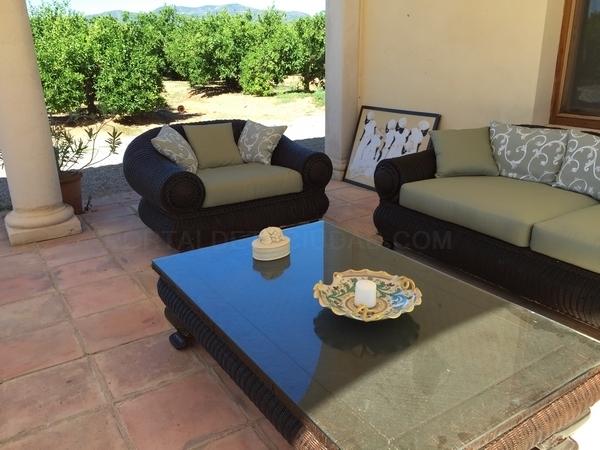 tresillo jardin tapizado