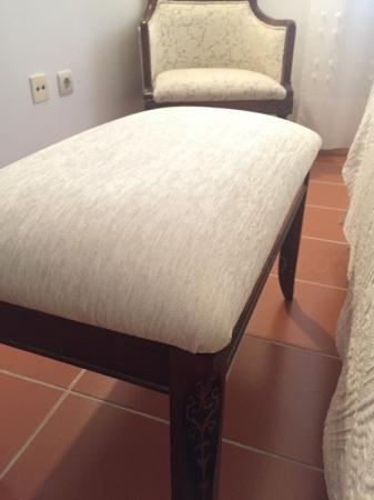 pie de cama tapizado