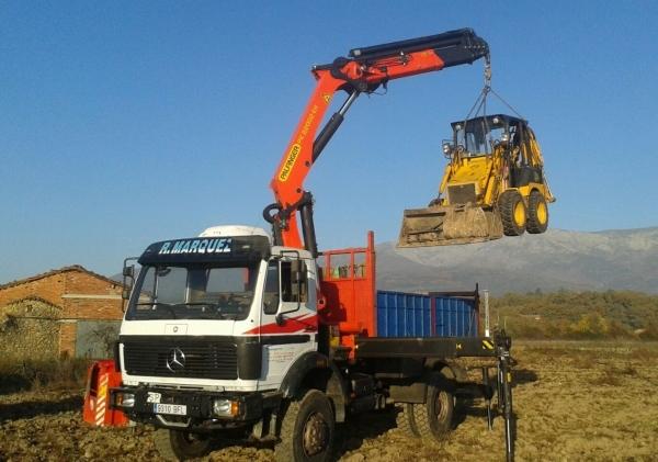 Camiones con Grúa para la Construcción