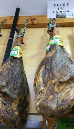 Jamones ibéricos bellota 50% raza artesanos