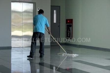 Limpieza de Comunidades Vecinos en Almoradí