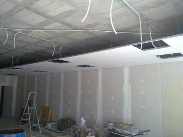 Colocación de techos desmontables en Palencia