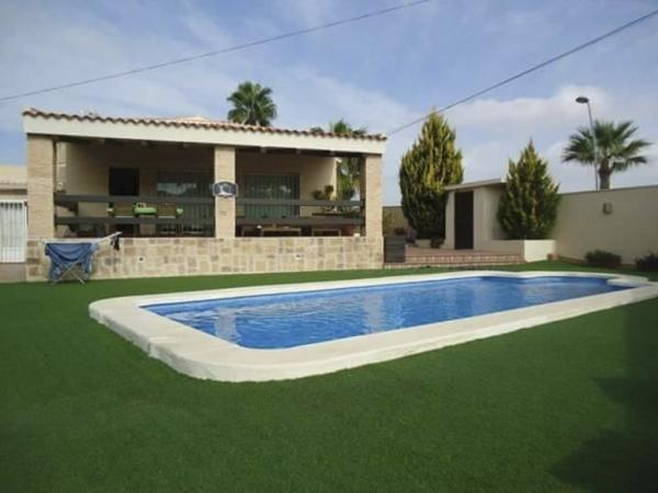 Mantenimiento de piscinas Torrevieja Orihuela
