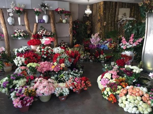 Flores para los santos en Palencia