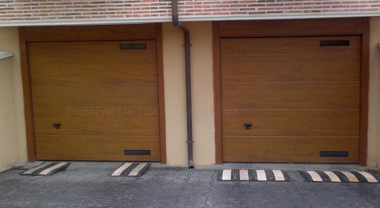 Colocacion de puertas seccionales de pvc en Palencia
