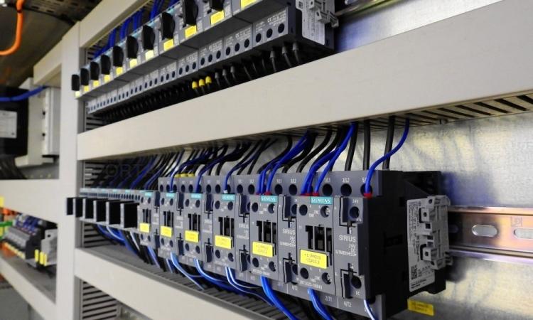 Mantenimiento eléctrico de comunidades