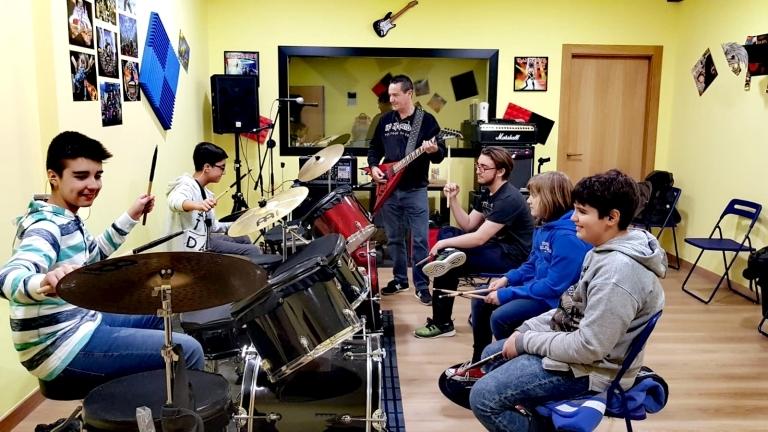 Aprender batería en Palencia