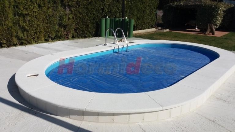 Peldaños de piscina en Palencia