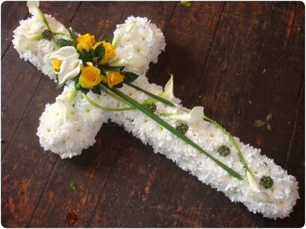 Cruces para funerales en Almuñécar