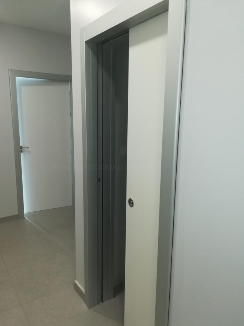 Cercos metálicos de aluminio para puertas