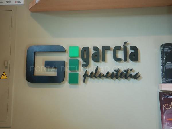 Letras corpóreas en PVC pintado según diseño