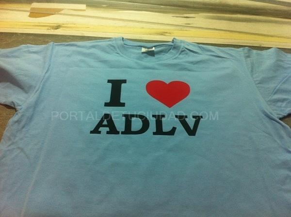 transfer en dos colores planchado en camiseta