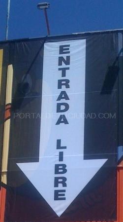lona de rejilla impresa digitalmente en Barcelona