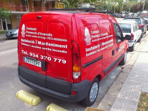 vehiculo  rotulado para empresa