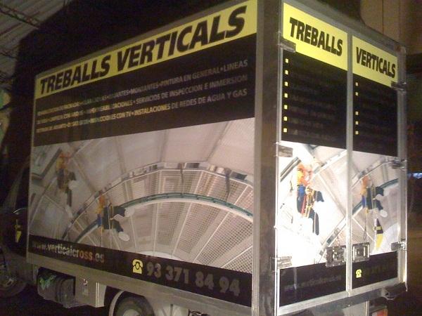 rotulacion de caja de camión