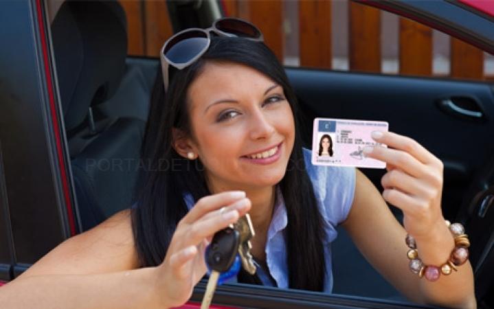 Renovar el carnet de conducir en Cáceres