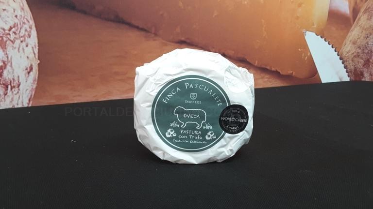 Queso de Oveja con trufa Pascualete