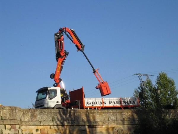 Camión grúa Palencia